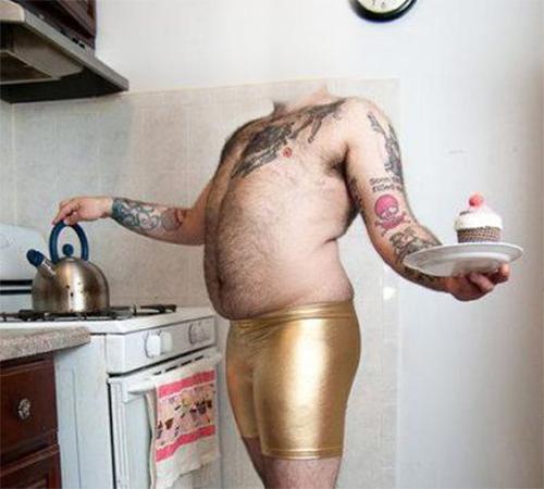 Приколы фотошопа для мужчин: Угостить тортиком?