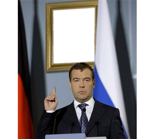 Сказочные шаблоны: Медведев помнит о Вас!